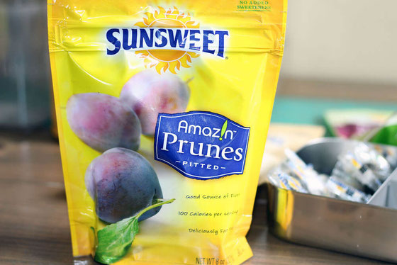 This World Osteoporosis Day, give your bone health a boost with foods (including prunes), exercise, and other tips. #bonehealth #SunsweetStrong @Sunsweet (sponsored)