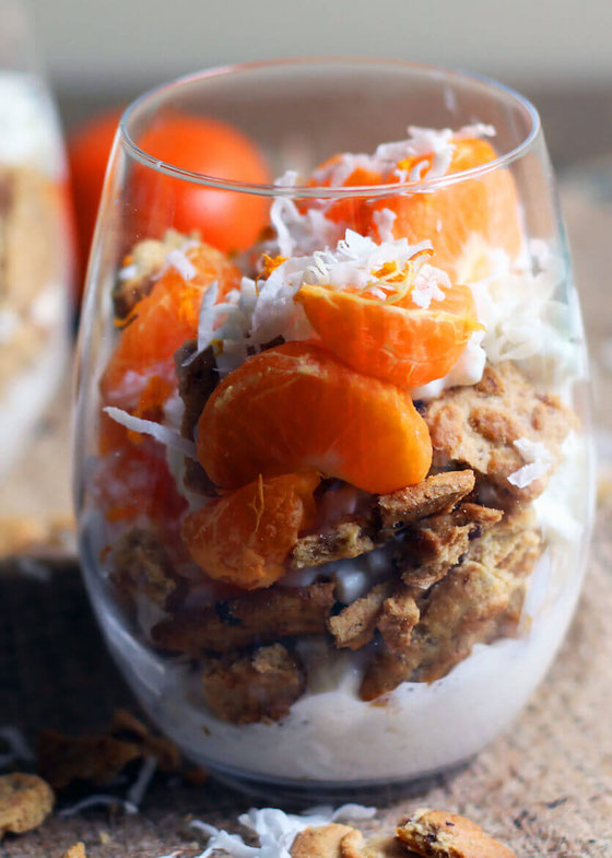 Want a nutritious breakfast? This Orange Coconut Cottage Cheese Parfait is made with belVita Breakfast Biscuits & provides steady morning energy, whole grains and protein! #belVitarecipe #breakfastparfait #healthybreakfast #cottagecheese #proteinparfait