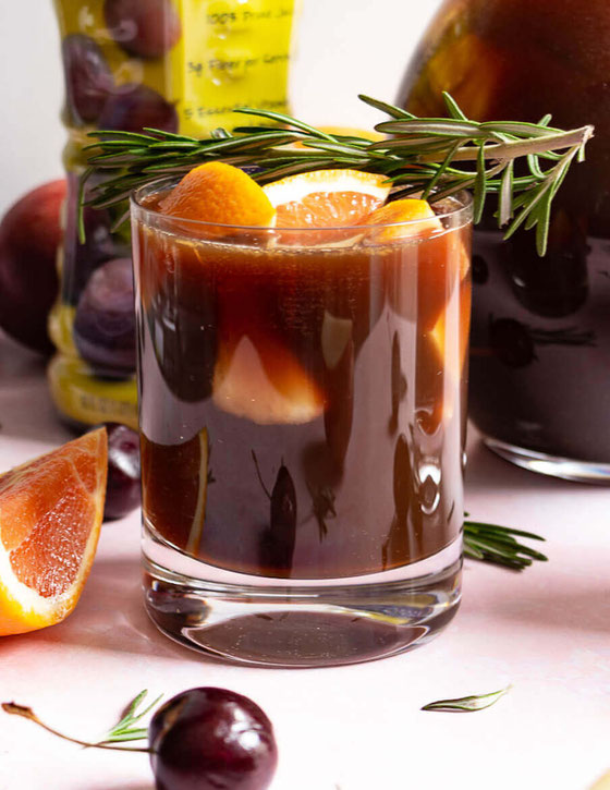 Want virgin sangria recipes? Try my mocktail recipe made w/ @Sunsweet prune juice! It's one of the best pregnancy mocktails, and it's also a fab Valentine's Day recipe. #ad #ToFeelGood #PruneJuiceReboot #mocktail #sangria #virginsangria #pregnancyrecipe
