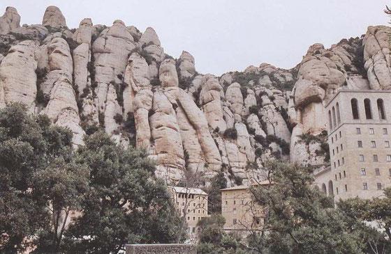 экскурсия на Монтсеррат из Барселоны