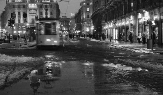 MILAN - PIAZZA CORDUSIO