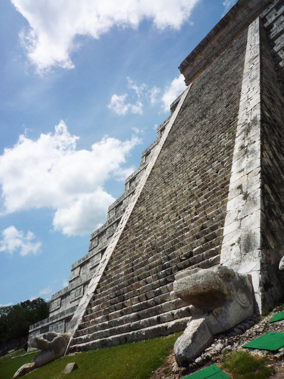 MEXICO - CHICHEN ITZA