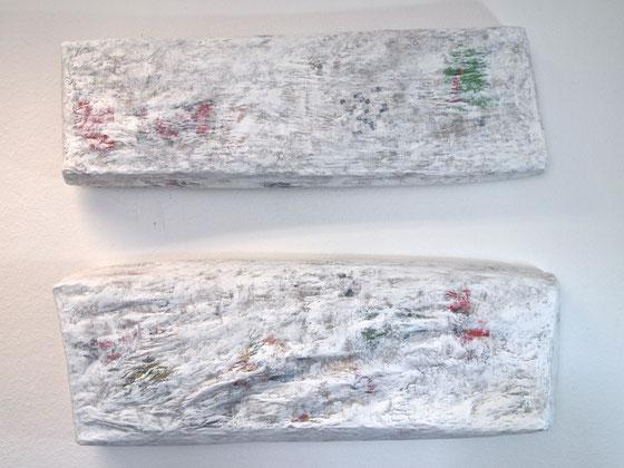 ohne Titel, 2013,  Papier,Draht auf Leinwand  85x105x19 cm