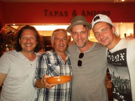 Lucy (No Angel) Band mit Dennis und Wolle  Finca BarCelona Juli 2015