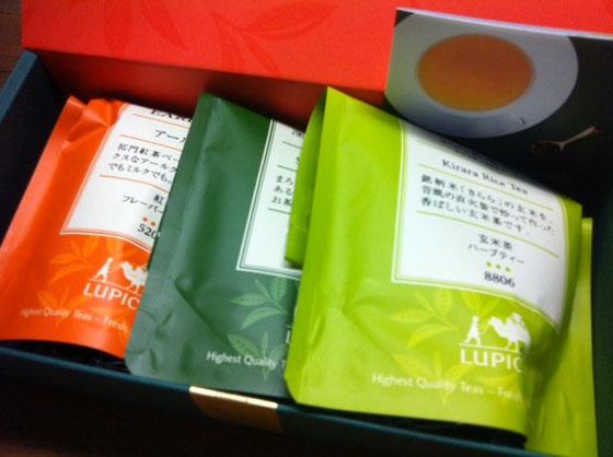 ルピシアの紅茶、緑茶、玄米茶セットを頂いた♪ 歳のせいか緑茶とか玄米茶なんかが超うれしいんだけどw 澤田さんありがとうございました。