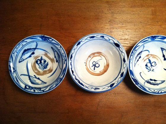 器ネタが続いてますが、これは先日行った倉敷で買った台湾の器、、ラーメン鉢とご飯茶椀の間くらいの大きさで丁度この辺のを探してたんでゲット♪