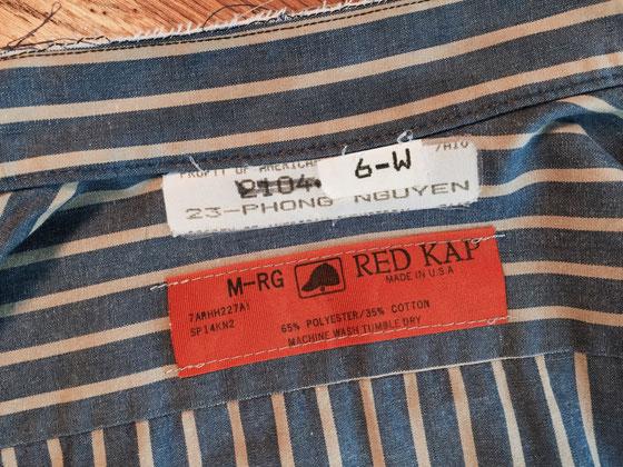 レッドキャップのワークシャツ(本気の作業着)を引っ張り出して着てみた、。 襟は僕の定番と言うか、、カット済!w パンツはディッキーズを合わせてみたんですけど、まんま作業員になってしまったんでベイカーパンツ(軍パン)で少し中和www