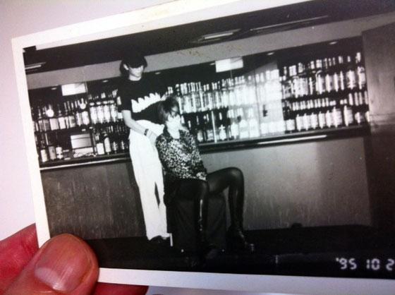 先日のガサ入れでいろいろ懐かしい物がでてきたシリーズ。  ヘアーショーのリハ写真。 95年かぁ~