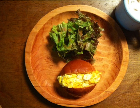 金曜日:エッグドッグ+カフェオーレ