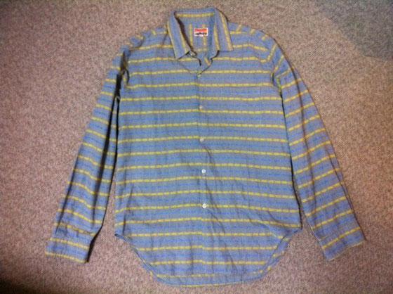 当時ど田舎の子がフランス製のシャツってwww、、でもしゃれてるでしょ~? 中三ですよ! バイト代(新聞配達)は服とレコードに消えてたかな、、想像はつくお思いますが勉強はそっちのけでしたけどね、。(汗)