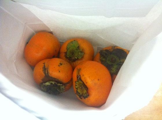 柿、、、、、いただきました、。(滝汗) 正直もう食べれませんw 中村さん超ありがとうございましたw