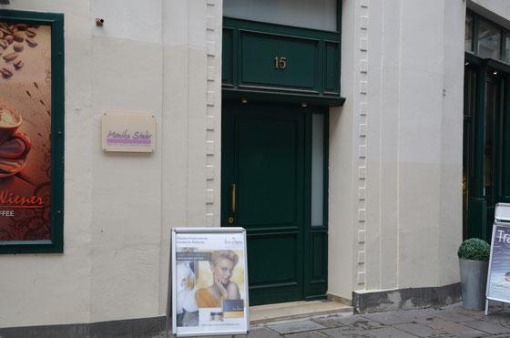 Eingang zum Kosmetikstudio