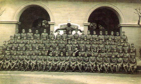 Hrvatski oružnicina prvom tečaju za izobrazbu koji je bio organiziran u Rimu kod taljanske žandarmerije, 5. svibnja 1942. godine