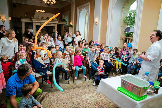 Крио шоу с жидким азотом для детей на детский праздник и день рождения ребенка.