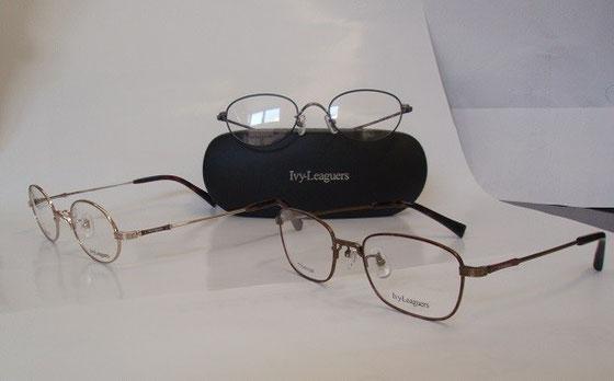 クラシック要素満載!個性的なIvy Leaguersの眼鏡。セット価格¥20,000~¥25,000。