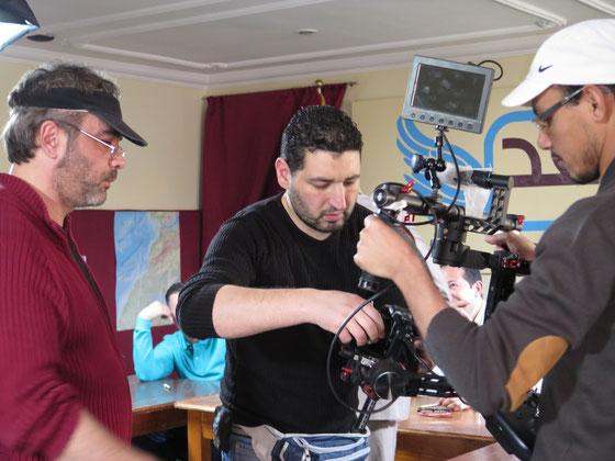 """Cyril Lèbre et ses deux assistants caméra préparent le """"Ronin"""""""