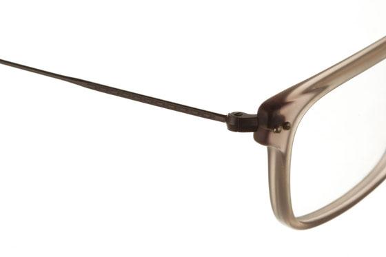 Occhiali da vista uomo Giorgio Armani 375 209-S. Colore: beige. Forma: squadrato. Materiale: plastica e metallo.
