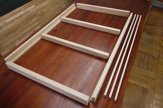 中段3尺セットの部品。根太と雑巾摺りは長さによって入り数が異なります。