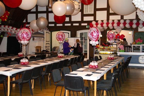 Mr.Balloni.ch,Deko,  Geburtstag, Überraschung, Tischdekoration,Firma, Betrieb, Feier, Jubiläum, Ballonblumen, Hochzeit