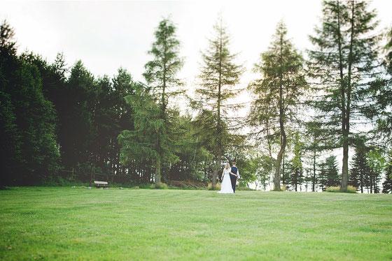 In Mitten der Natur liegt die Kreuztanne - hier sind sogar standesamtliche Trauungen möglich - Dieses Bild entstand beim Waldhotel