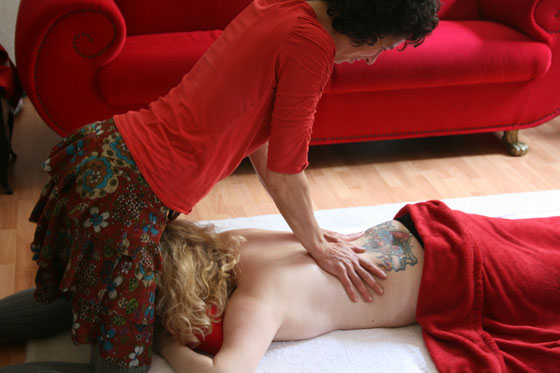Frauenmassage, Yonimassage, Niederrhein, Düsseldorf, Krefeld, Neuss, Massage für Frauen