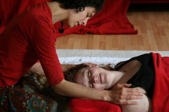massage, rebalancing, frauentantra, rückenmassage, düsseldorf, krefeld, niederrhein, neuss, mönchengladbach