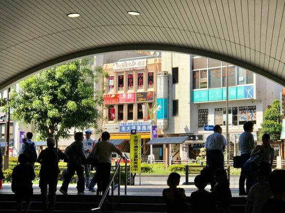 ☆小田急線経堂駅北口。