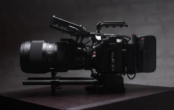 Lou Di Giorgio with camera: Z-Cam E2 with 4K ProRes 422 recording and slow motion