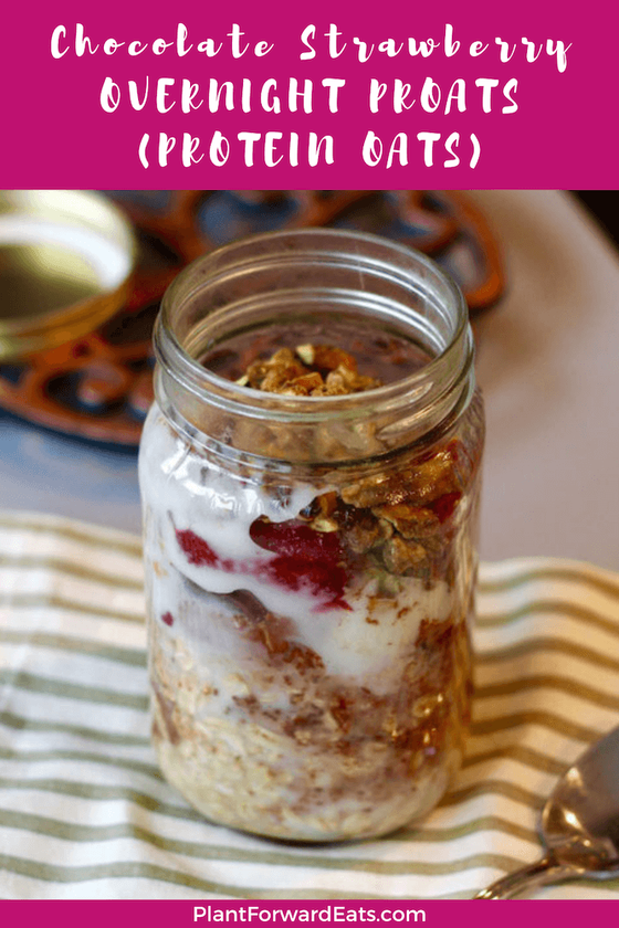 Love healthy oats recipes? This high-protein overnight oats recipe is so tasty, especially if you like chocolate oatmeal with fruit.  Let's hear it for overnight oats! #overnightoats #oatmeal #healthybreakfast #overnightoatmeal #cocoa #chocolate