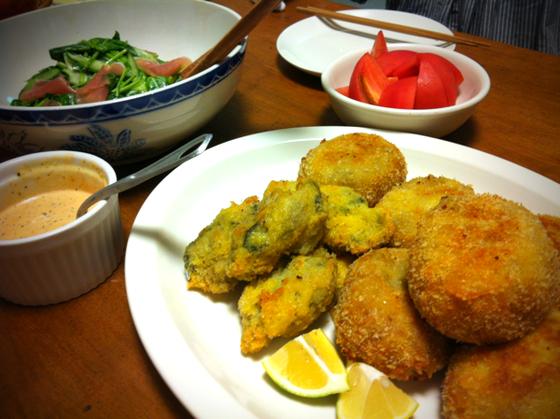 普通にまいう~♪ 生ハムとほうれん草のサラダが超美味しかったです♪