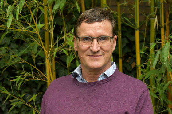 Portrait of Willem Mak, chairman of Stichting TINT Eindhoven