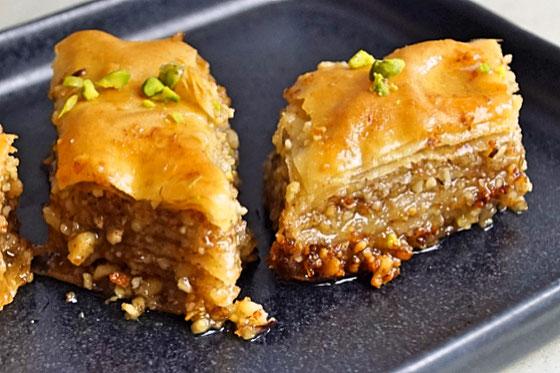 Nussig, süß und saftig: Baklava
