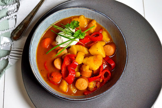 Kartoffeleintopf mit Gemüse- schön scharf und gut zu Löffeln