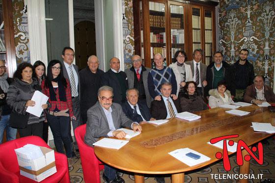 Immagini dalla riunione per la costituzione del Comitato - Studio Notaio Massimo Rizzo - 14 novembre 2013