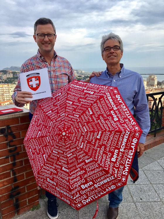 Mit Enrico Napoleone (und Schweizer Regenschirm) in der Altstadt von Cagliari. April 2017