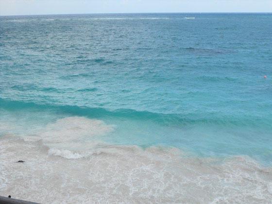 トゥールムの海 アズユールな色