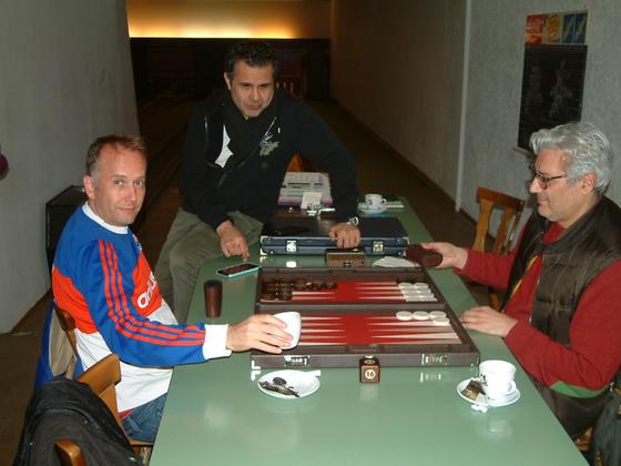 Tobias und Athanasios im Halbfinale der Conso, Nadjib schaut zu