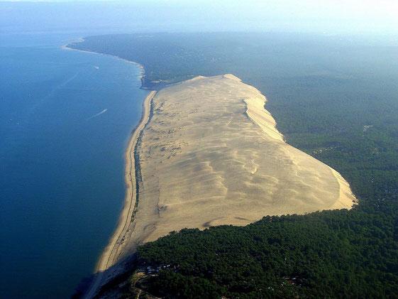 La Dune du Pilat vue du sud (source : Wikipedia)