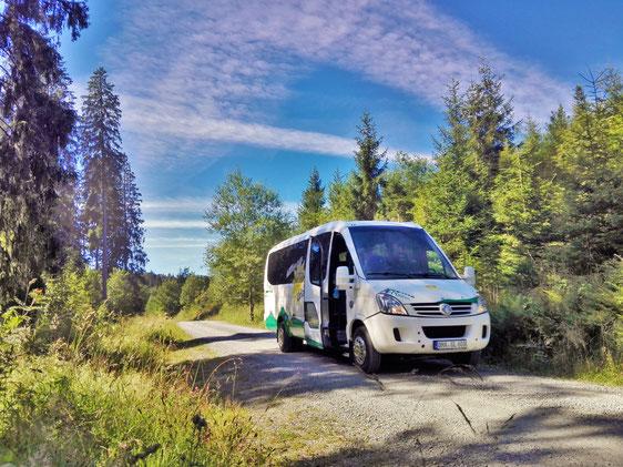 Wander-Shuttle-Bus für bis zu 23 Personen