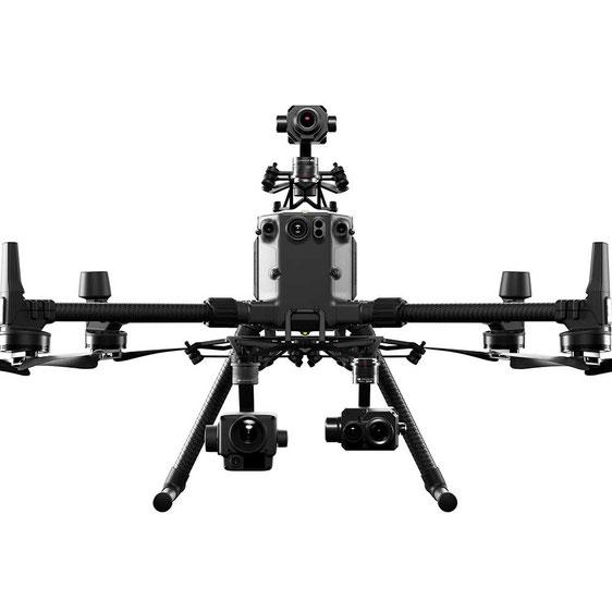 Matrice 300 RTK un dron resistente compatible con múltiples cámaras ideal para misiones de seguridad pública, detección de gases, búsqueda de personas, inspección de parques eólicos etc