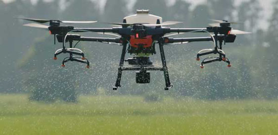 Agras T16 es compatible con Spreading System un sistema para esparcir semillas o granulados con dron