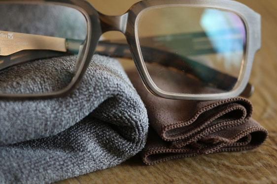 Brillenpflegetips. Richtige Brillenpflege, Empfehlungen von Steffen Zacher bei Optiker Zacher.
