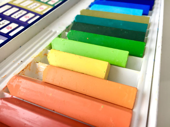 色彩心理カラーアートセラピー 個人セッション 糸島 LINE公式アカウント
