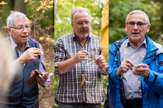 Die Pilzsachverständigen Stefan Elmer, Frank Krajewski und Manfred Schröder (von links) bei der Pilzbesprechung (Foto: Andreas Sebald)
