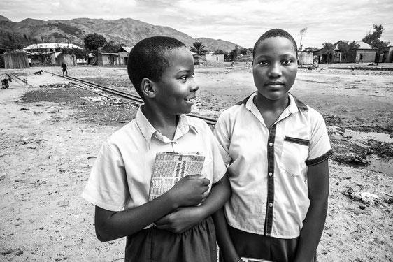 Festival photo de Moncoutant - Isabelle SERRO - Deux jeunes filles