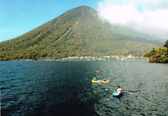 ▲美しいふるさと 男体山と中禅寺湖の風景