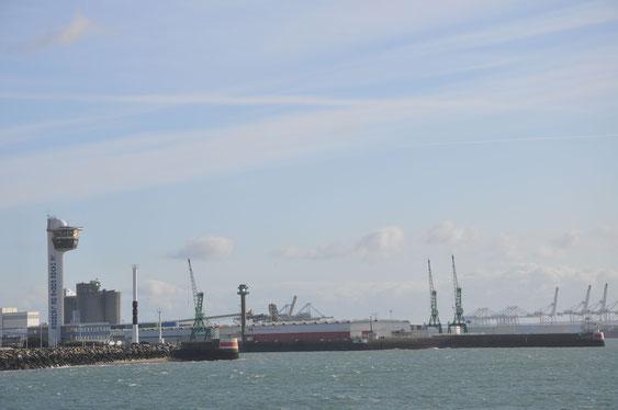 現在のル・アーブル港。