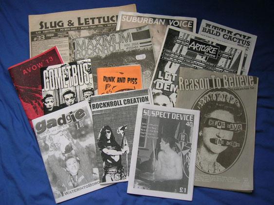 「ZINE」の初期はロックやパンクの音楽ファンの間で発展した。