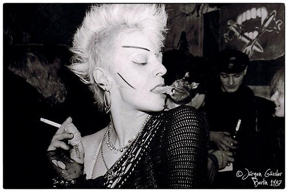 Ratten-Jenny: Foto-Credit: Jürgen Gässler, Berlin 1987