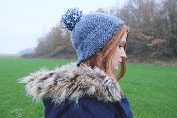 ecchymose bonnet pompom personnalisable